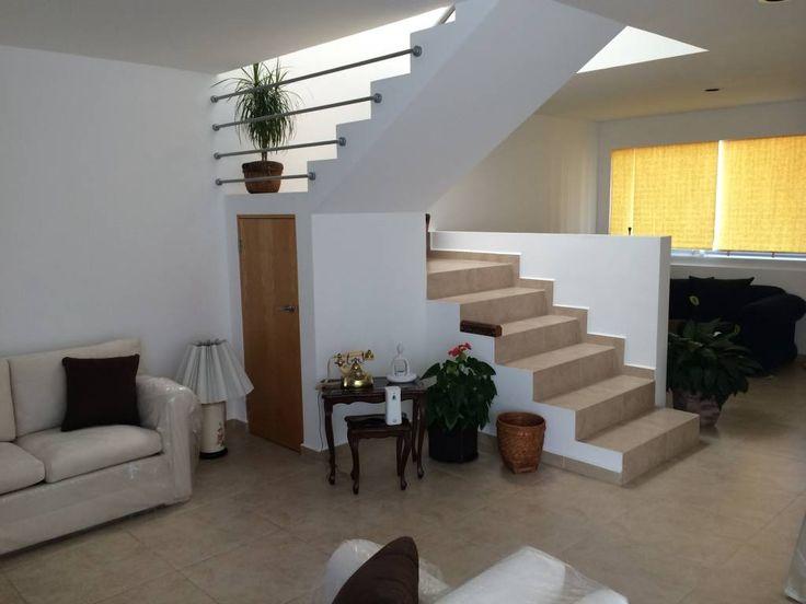 M s de 1000 ideas sobre barandales para escaleras en for Escaleras con medio bano