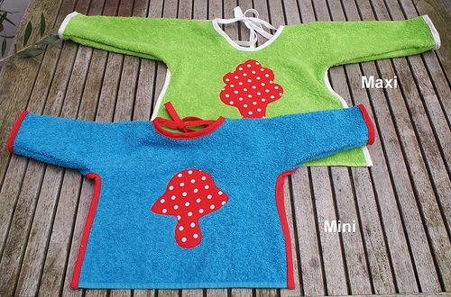 Slab met mouwen / babybib with sleeves by Justina Maria Louisa, via Flickr