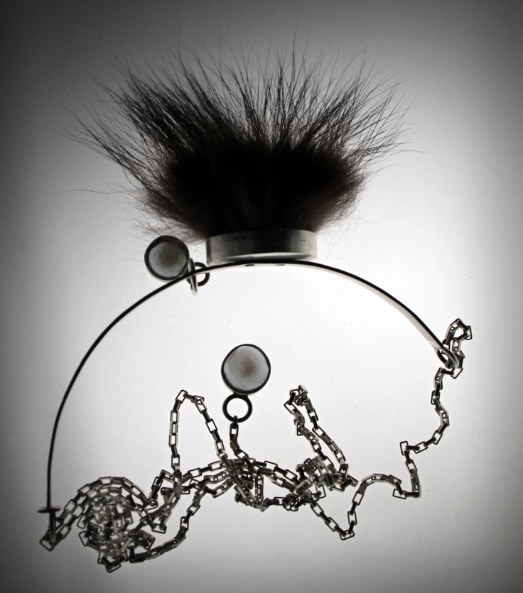 hysteria necklace