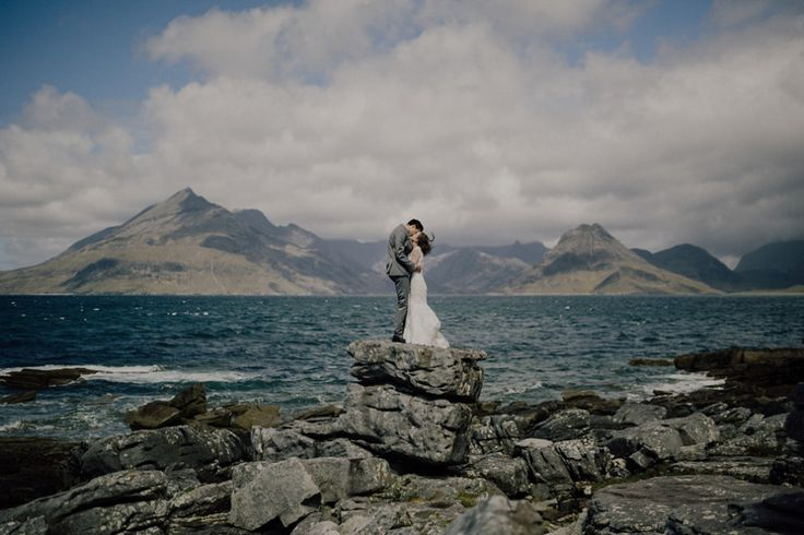 The most Simple and Stunning Elopement to the Isle of Skye. Photography by Capyture.