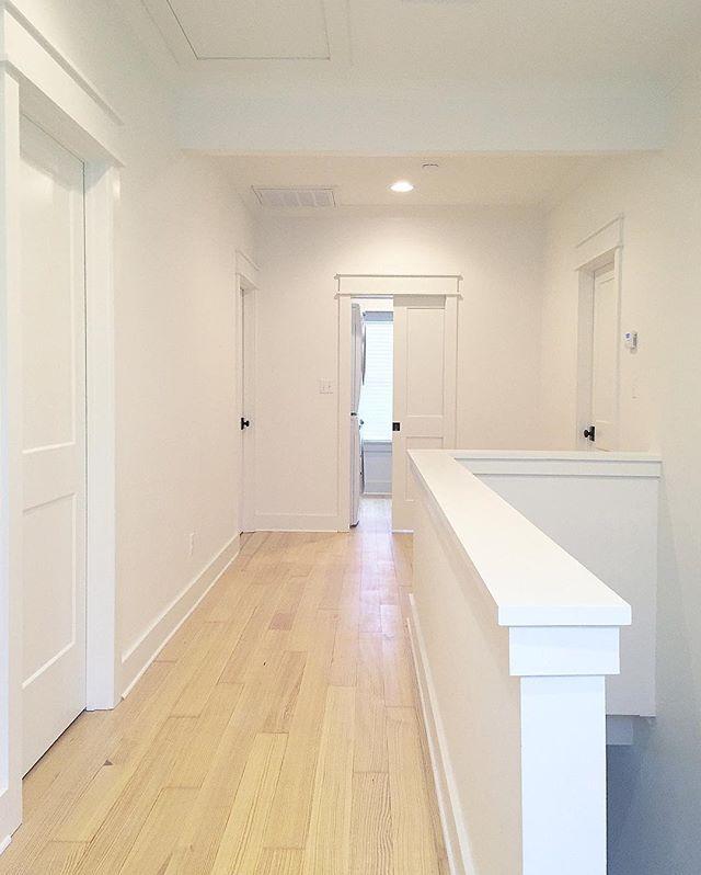 Sw alabaster ceiling flat walls satin trim semigloss - Satin paint on walls ...