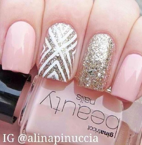 I wish I could do this to my nails!
