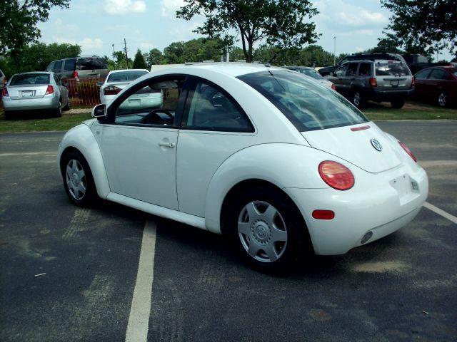 2000 Volkswagen Beetle GLS 2.0 - $5,995