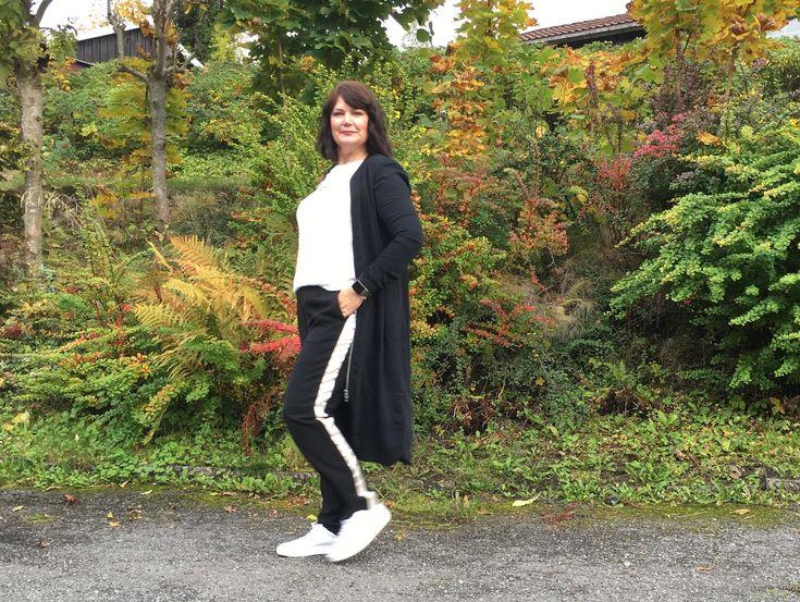 Tuxedo striped trousers