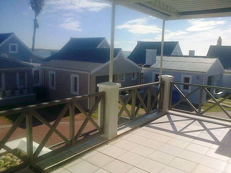 Schaapenzict 14 - Schaapenzict 14 is a lovely self-catering unit situated in a secure complex, in Langebaan.  It is only a stone's throw from the sandy beach, and within walking distance to various shops and restaurants.  The ... #weekendgetaways #langebaan #southafrica