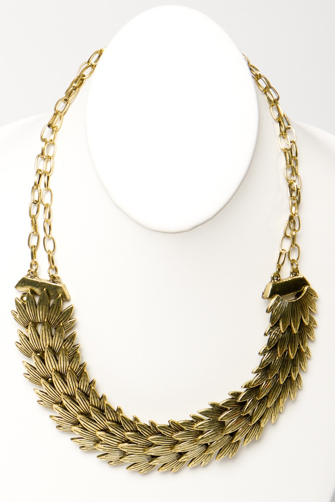 Gilded Feather Necklace-- very Spartacus :PEl Mio, Maxi Dresses, Feathers Necklaces, Amazing Gilded, As, Gilded Feathers, Necklaces Beautiful, Awesome Feathers