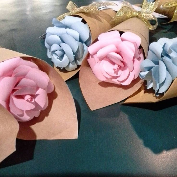 Peek A Boo Craft (@peekaboo.craft) on Instagram: #bungasatuan #bucketbunga #paperflowers #paperflowersbandung #bungakertasbandung #bungakertas #bungakertascimahi #paperflowerscimahi #floristbandung #buketbungamurah #jualbungakertas #buketbunga #bungawisuda #bungakertaswisuda #hadiahwisuda #kadoanniversary #customkado #unpadhits #itbhitz #unikomhits #widyatamauniversity #maranatha  #ithb #unpashits #uinbandung #unisbahits #unjanihits #bouquetmurah #bungasidang #anniversary