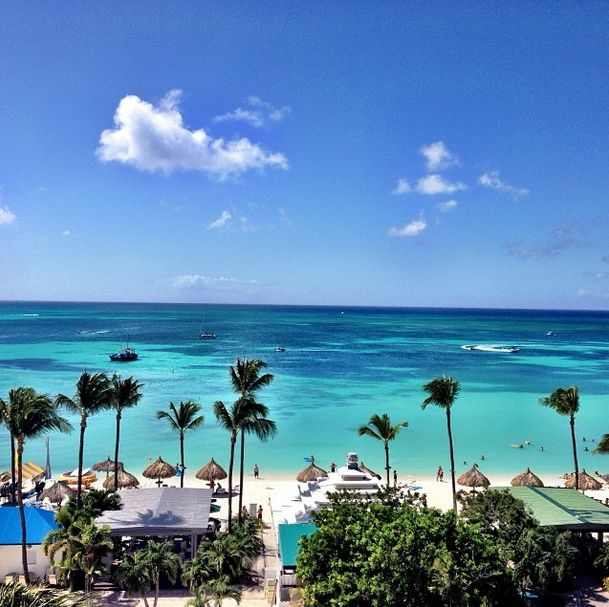 Can't get over how blue the water is at the Aruba Marriott Resort! #aruba #passporttoparadise