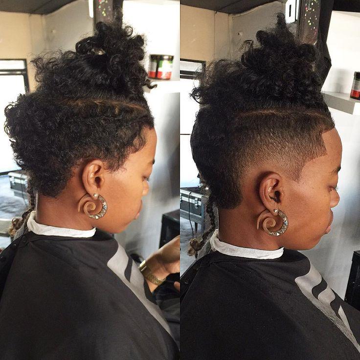 Before and after on a female burst fade.. #taylorcutz #melrosebarbers #before #after #sunday #snapchat #sharpfades #art #legend #bestbarber #girlshorthair #finals #labarber #razorfadevideo #shorthair #transformation @elegancestudio #hollywoodbarber #melrose #thebarberpost #nastybarbers #wtb #cleancut #pokemon #barbersinctv #blends #girlcut #femalehairstyle #burstfade @barbershopconnect #anotherone #barbers @thecutlife