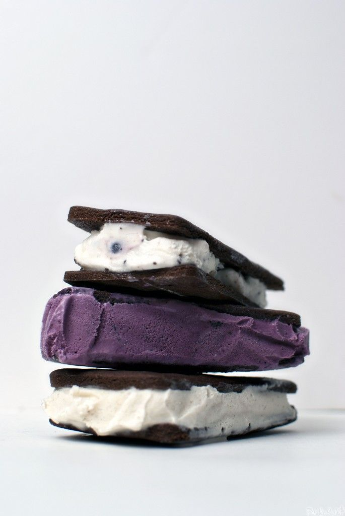 Ice Cream Sandwiches by passthesushi. Recipe from Annie's Eats, adapted from Tartlette: Mmm. these are made with black raspberry, mint chocolate chip and vanilla ice cream! #Ice_Cream_Sandwiches #passthesushi #annieseats #tartelette
