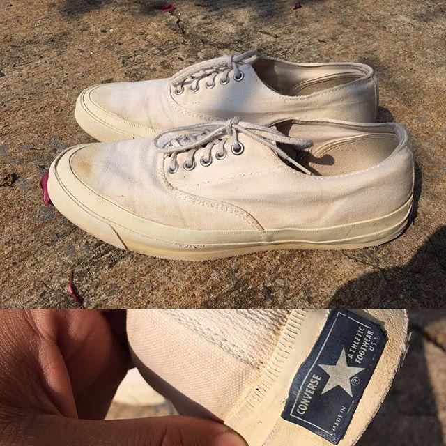 Sneaker Mom (I'm Jump): 70's converse skid grip size 9.5 price 6800 Contact 086-348-7654 Line : jumpman551 #conversevintage#conversevtg#vtg#vintage#converseusa#usa#jackpurcell#jackpurcellvtg#jackpurcellvintage#jackpurcellusa#vintagesneaker#sneaker#basketball#sneakervintage#converse#deadstock#oldstock#chucktaylor#jackstar#onestar#ビンテージ#ジャックパーセルusa#コンバースusa#ジャックスター#コンバービンテージ#ジャックパーセル#コンバース#チャックテイラー