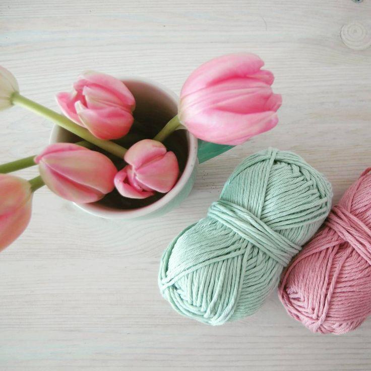 """ #spring #pastel #dropsparis #tulips #hema #pink #flowersofinstagram #flowers"""