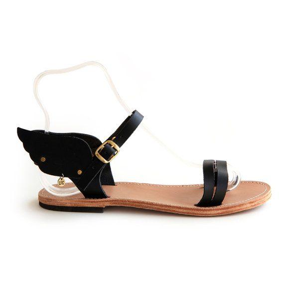FREE SHIPPING - Hermes winged UNISEX handmade leather sandal, Various colours, Monochrome. on Etsy, €55,00
