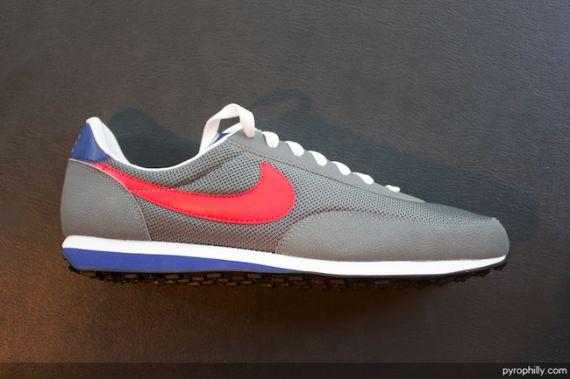 d62922d27ab8 Nike waffle elite