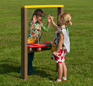 Plexiglass paint surface http://adventurouschild.com/art-easel.php Outdoor Art Easels are a fun way to bring the arts outdoors onto the preschool playground. #playoutdoors