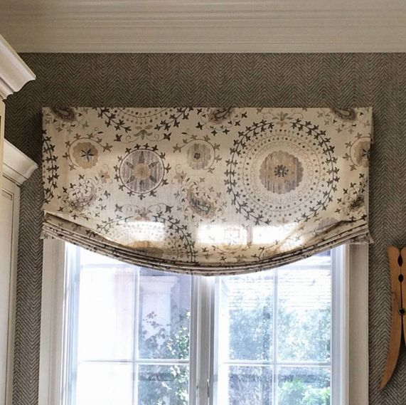 Best 25 relaxed roman shade ideas on pinterest for Roman blinds for large windows