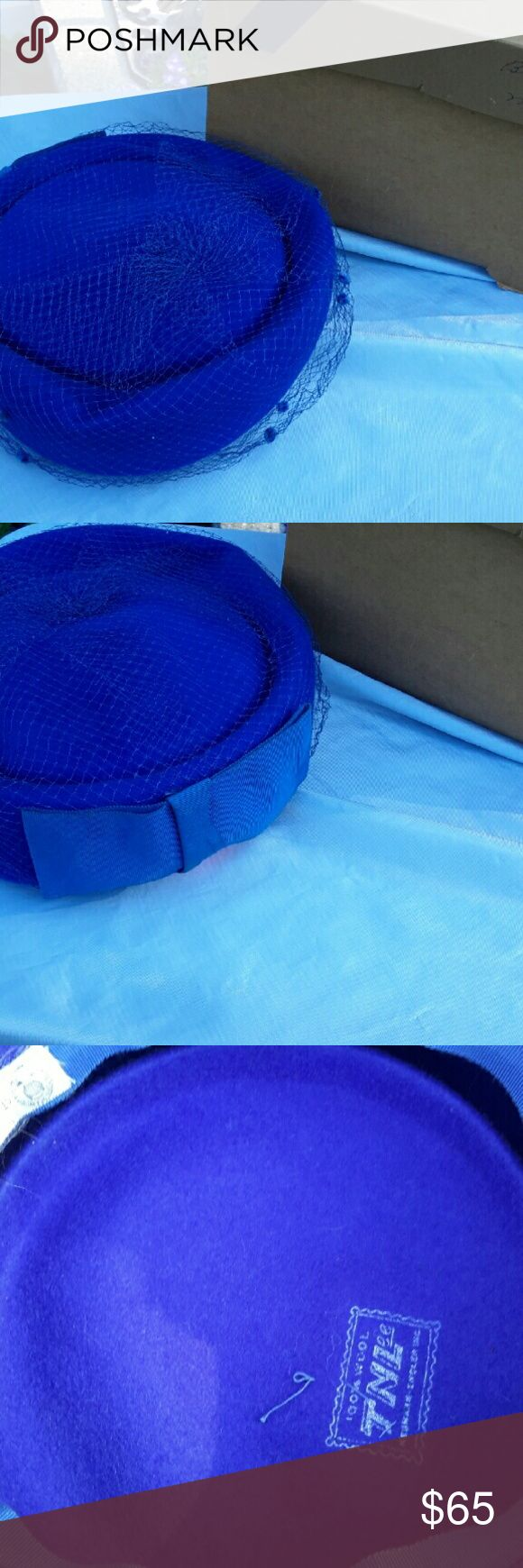 Vintage pill box hat Blue with box Accessories Hats