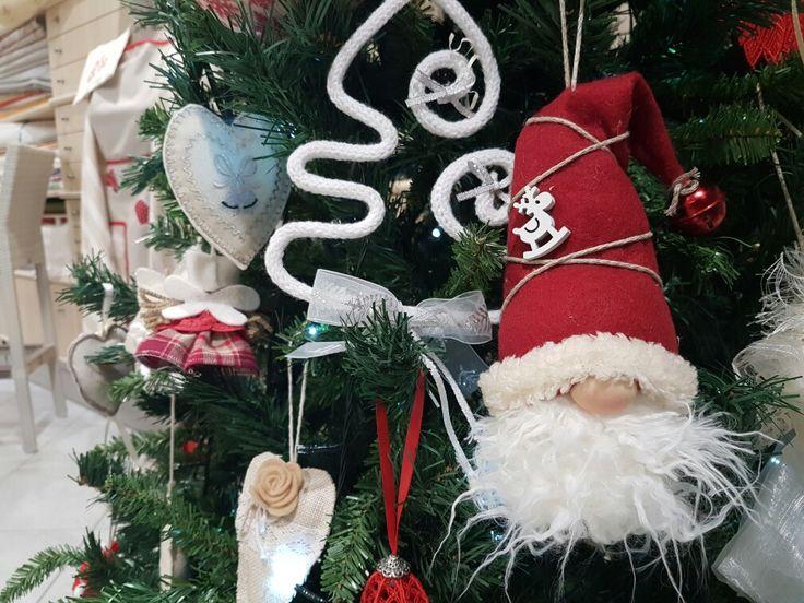 Il nostro albero di Natale....un piccolo particolare!!!!