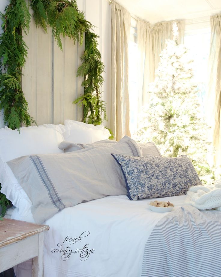 FRENCH COUNTRY COTTAGE: Blue & White Cottage Bedroom
