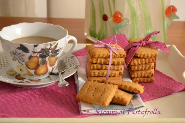Biscottini per la colazione con farina semi integrale  emile, provateli sono buonissimi!!