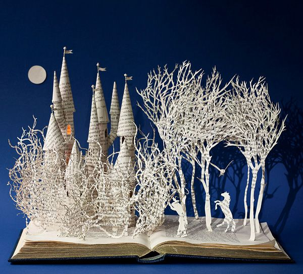 paper sculpture by Su Blackwell