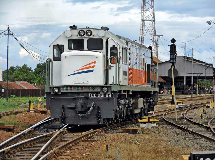 CC201 04 selesai dinas KA Malabar.