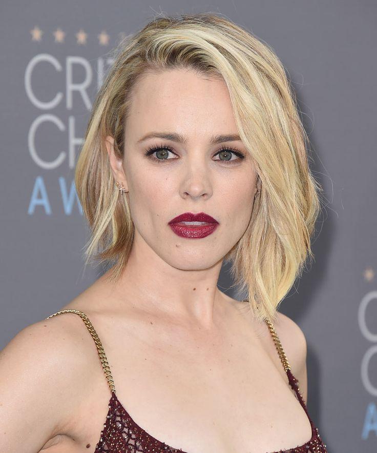 Las pieles pálidas como la de Rachel McAdams se convierten en el lienzo idóneo de tonos platino con licencia a enseñar las ráices de su pelo. Y más aún con una tez sin imperfecciones y unos rasgos poderosos como los de la actriz. Foto, GTres Online.