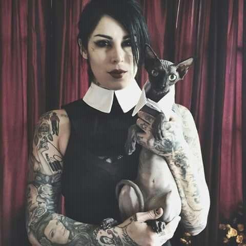 Kat von d kat von d pinterest kat von tattoo and la ink for Black kat tattoo