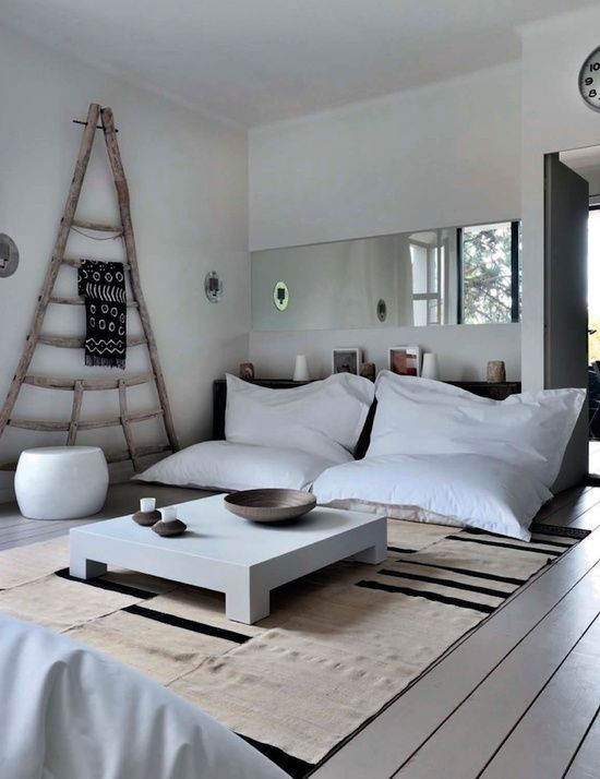 black and white interior design