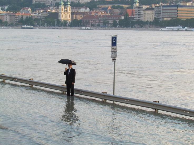 Budapest | Flood 2013. Photostream, 6. June. image: Facebook Follow Budapest | Flood 2013. Photostream on Facebook @ https://www.facebook.com/BudapestPocketGuide & on Google+ @ https://plus.google.com/u/0/b/115990222400409382986/115990222400409382986/posts #budapest #flood