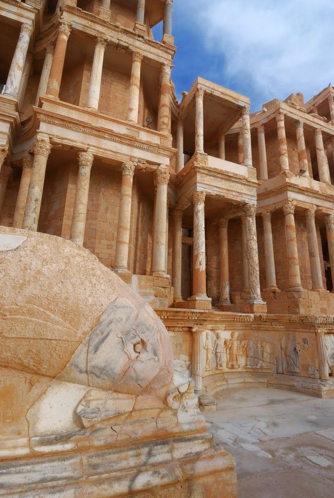 Ruins of the roman theatre of Sabratha in nortwestern Libya (by mabut).