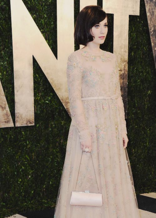17 best images about zooey deschanel on pinterest her for Zooey deschanel wedding dress