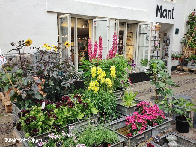pretty flower shop in Copenhagen