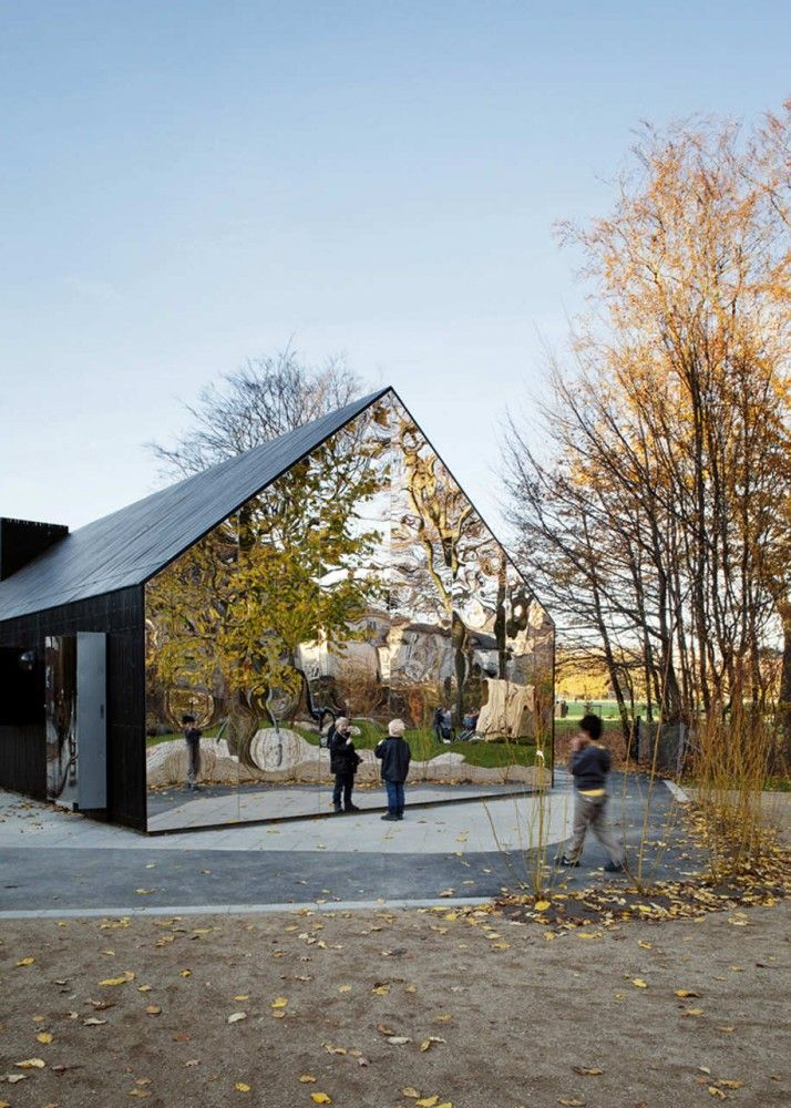 Mirror House, Central Park, Copenhagen, Denmark. MLRP Architects. #allgoodthings #danish #architecture spotted by @missdesignsays