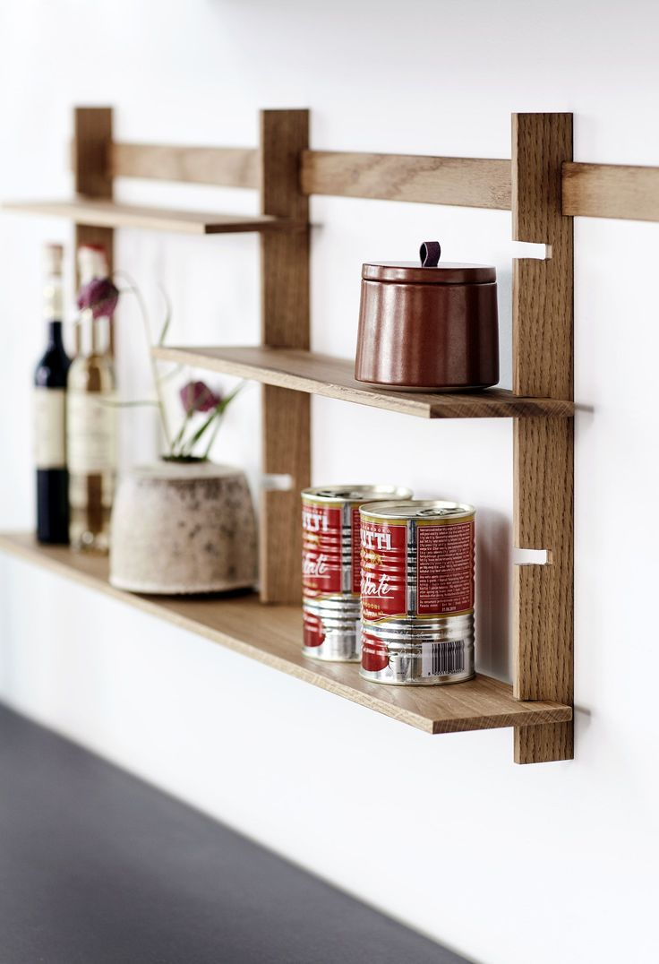 Cosy up your minimalist kitchen space a bit.  This little rack is for you to display your favorite things, keeping them all handy. Configure it as you like with 1-5 sections.