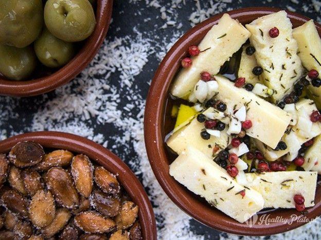 marinated cheese / queso en escabeche