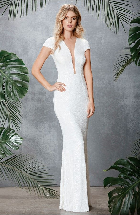2815 best Wedding Dresses and Bridal Gowns images on Pinterest