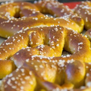 A Backyard Biergarten Oktoberfest Party – FOOD, MOSTLY BREAD