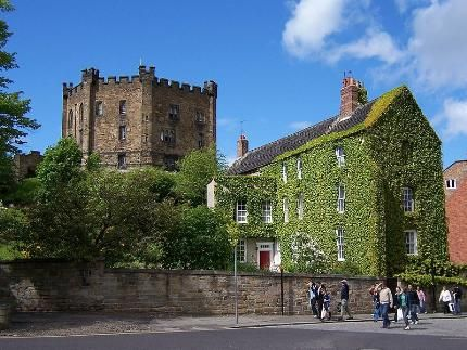 Durham Castle: Dating from 1072, one of Englands largest surviving Norman castles and grandest Romanesque palaces. Home to King Richard III and Queen Anne, before his accession to the throne.