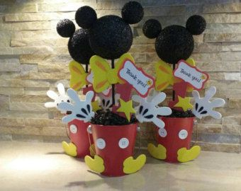 Mickey Mouse Photo Booth Frame by mariscraftingparty on Etsy