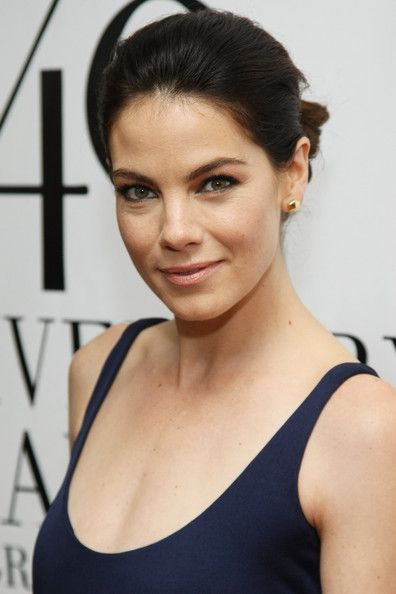Michelle Monaghan Bobby Pinned Updo - Michelle Monaghan swept her hair back into a sleek updo for the FiFi Awards.