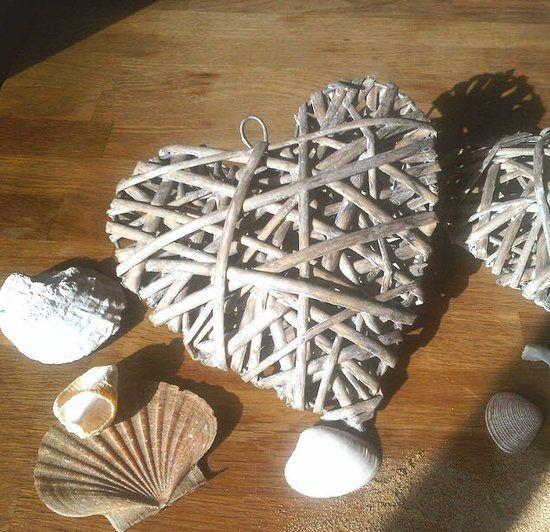 Hamptons Rustic Hanging Heart - Large