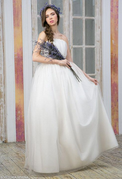 Romantic wedding dress ethereal wedding dress by VICTORIASPIRINA