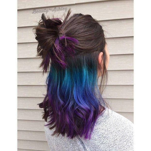 Violeta y azul marino oculto | 17 Tintes coloridos para el cabello que puedes usar para ir a trabajar