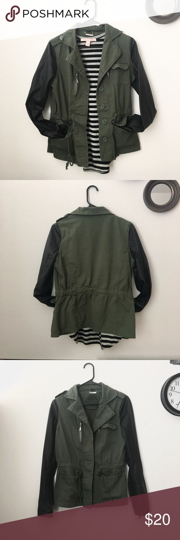 Olive green utility jacket w/ faux leather sleeves Great condition. From TjMaxx. Great for breezy spring weather or fall weather. Jou Jou Jackets & Coats Utility Jackets