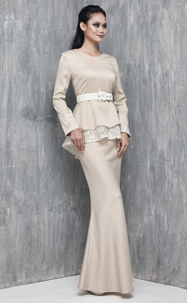 EMEL X SAZZY FALAK - ROYAL STAR - Modern Peplum with Textured Lace (Nude) This peplum design is simple yet sophisticated, featuring textured lace on the peplum and sleeves as well as on the belt for a demure and feminine look. Adjustable belt included with purchase (removable). #emelxCLPTS #emelxSazzyFalak #emelbymelindalooi #bajuraya #bajukurung #emel2016 #raya2016 #SazzyFalak #lookbook #peplum #lace #nude #moden #2016 #baju #kurung #baju #raya