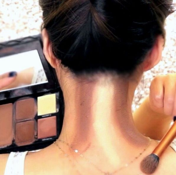 Neck Contouring Is the Latest Trend — and We're Not Mad About It