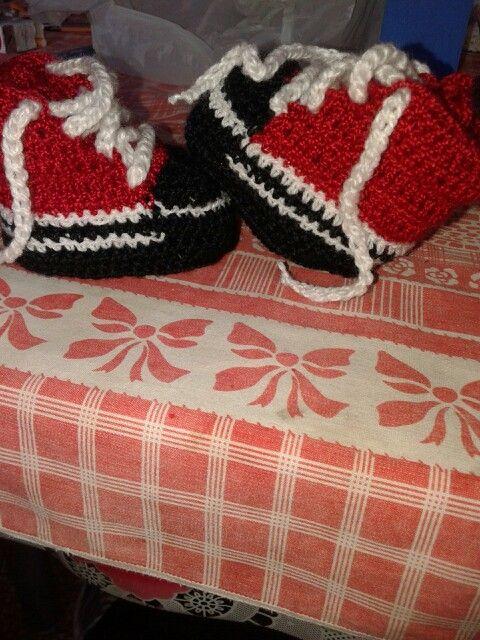 Zapatillas bebé al crochet