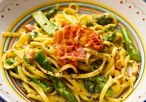 ... Food Forever » Pasta Carbonara With Asparagus & Pecorino Cheese