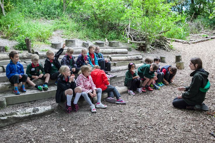 Talking about the nature clues we spotted. (Photographer: Mr Monir Ali)